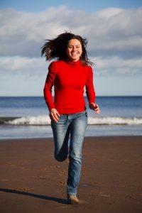 woman-running-11299780413BXr